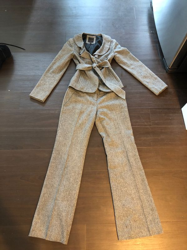 Limited Brand Suit - Size 0/2