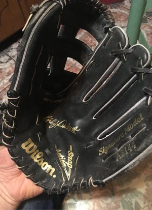 Wilson baseball mint looks like a softball all leather size 12 for Sale in Chicago, IL