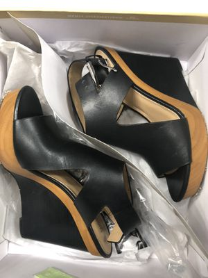Michael Kors 6.5 heels for Sale in Moreno Valley, CA