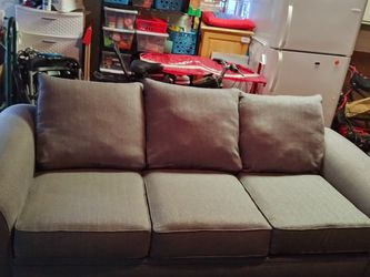 Sofa And Love Seat for Sale in Reynoldsburg,  OH