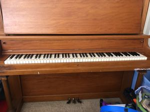 Wooden Stand up Piano for Sale in Anaheim, CA