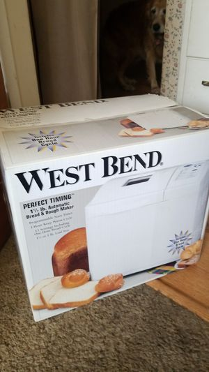 West Bend Automatic Bread and Dough Maker for Sale in Los Angeles, CA