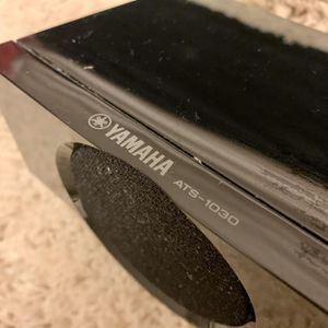 Yamaha ATS-1030 Sound Bar with Dual Built-in Subwoofers and Bluetooth for Sale in La Puente, CA