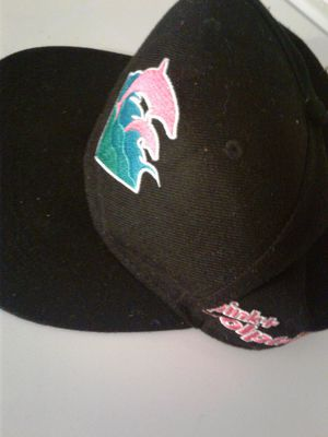 Pink dolphin hat for Sale in Lakeland, FL