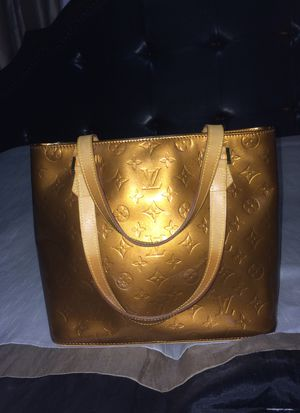 Louis Vuitton Bronze Patent Leather Hand Bag with Dust Bag for Sale in Nashville, TN