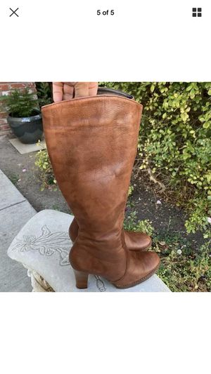 Aldo leather knee high boots size 38 (7.5-8) for Sale in Scottsdale, AZ