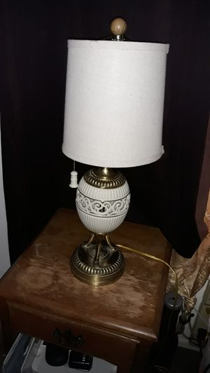 VINTAGE LENOX LAMP for Sale in Westminster, CA