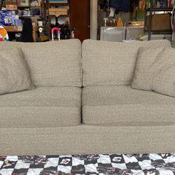 Sofa for Sale in Hayward,  CA