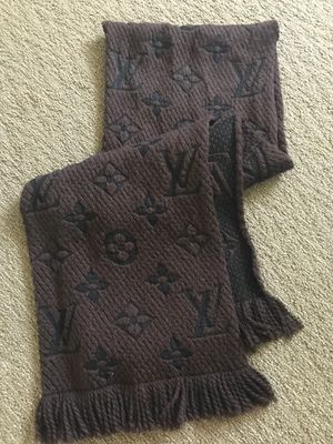 Louis Vuitton scarf for Sale in Boca Raton, FL