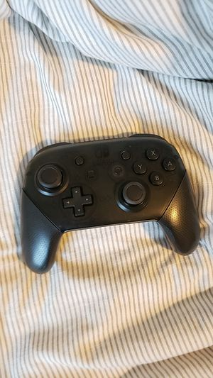 Nintendo switch pro controller for Sale in Raleigh, NC