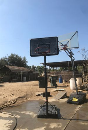 Basketball hoop for Sale in Riverside, CA