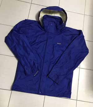 Patagonia rain jacket small for Sale in New York, NY