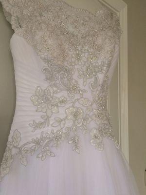 Oleg Cassini Wedding Gown for Sale in Denver, CO