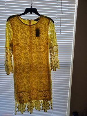 Yellow casual dress (mini dress) for Sale in Hollywood, FL