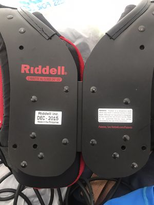 Riddle shoulder Pads ( Youth) for Sale in Miami, FL
