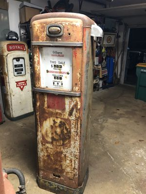Gas pump for Sale in Hawthorn Woods, IL