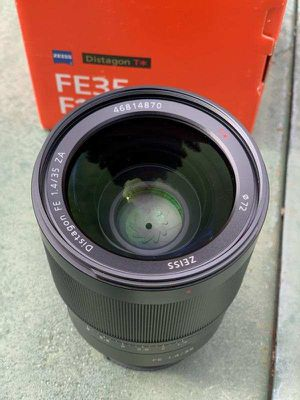 Zeiss 35mm f1.4 E Mount for Sale in Sacramento, CA