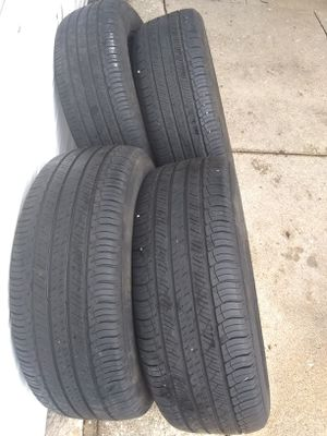 Set 4 Used Tires Available for Sale in Skokie, IL