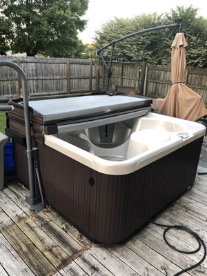 Hot Springs Hot Tub for Sale in Suffolk, VA