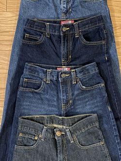 Boys SZ 10 Jeans Lot Of 4 Old Navy Levis for Sale in Chesapeake,  VA