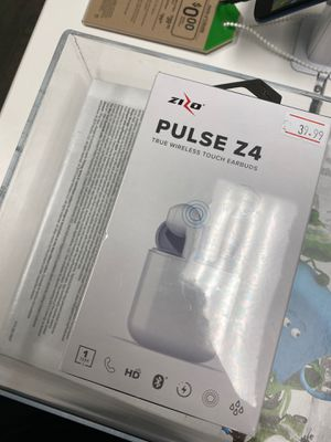 Wireless touch earbuds for Sale in OH, US
