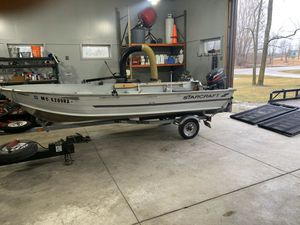 16' Deep V Starcraft Aluminum boat for Sale in Canton, MI
