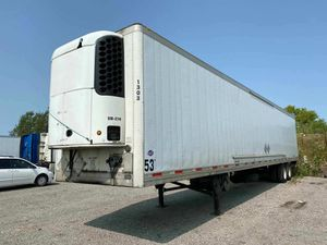 Utility trailer 2012 Thermo King sb 230 for Sale in Chicago Ridge, IL