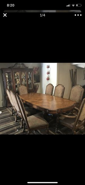 Large finning table 8 chairs and matching hutch for Sale in Las Vegas, NV