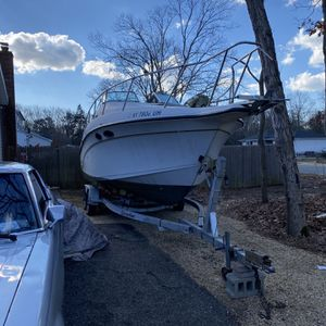 1993 Crownline 26ft Boat With Trailer for Sale in Mastic, NY