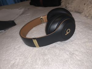 Beats Studio Wireless (Newest Edition, Limited Edition) for Sale in Pittsburgh, PA