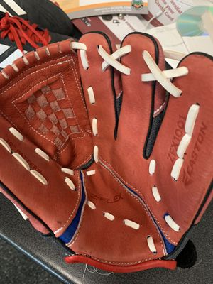 Easton Baseball glove for Sale in San Clemente, CA
