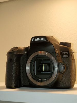 CANON 70D for Sale in Downey, CA