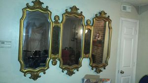 Nice antique mirror good condition for Sale in Raleigh, NC
