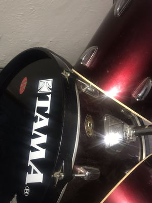 FOUR PIECE TAMA SWINGSTAR DRUM SET for Sale in St. Louis, MO