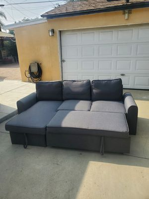 Sleeper Sofa bed. Excellent condition. No stains. Basically new condition for Sale in Glendale, CA
