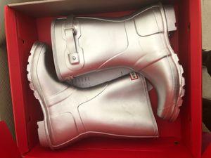 Hunter Calf length rain boot for Sale in Mableton, GA