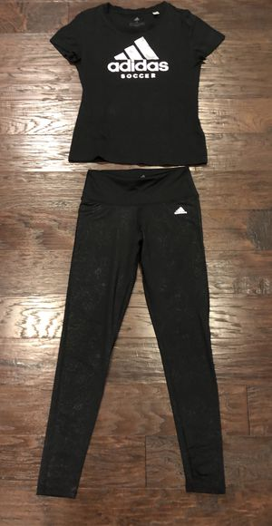 Adidas size small outfit for Sale in Bothell, WA