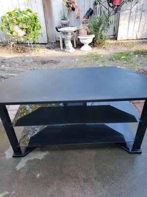 T V table for Sale in Modesto, CA