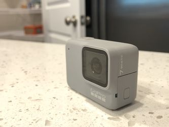 GoPro Hero 7 White for Sale in Gambrills,  MD