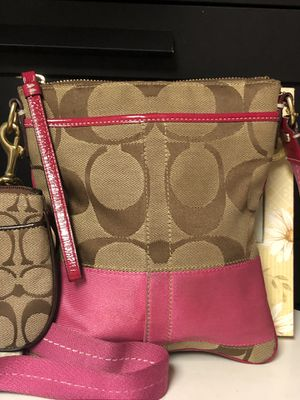 Coach crossbody for Sale in Hyattsville, MD