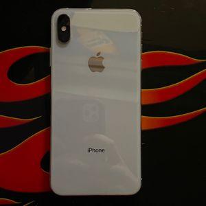 64GB Iphone XS Max for Sale in Santa Clarita, CA