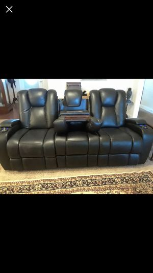 Black leather electronic recliner couch for Sale in Nashville, TN