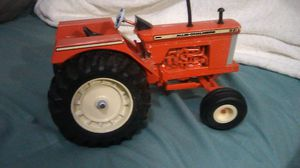 Vintage ERTL Allis Chalmers D21 toy tractor 1/16 scale 1987 for Sale in Miami, FL