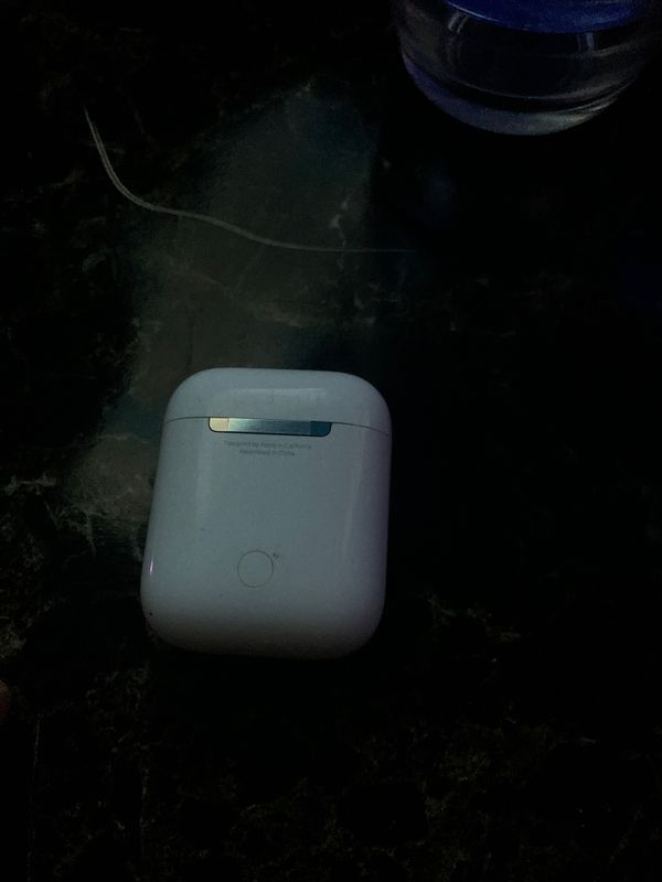 Apple AirPod case for parts