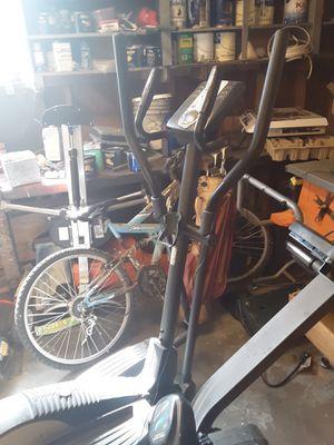 Golds gym elliptical for Sale in Auburn, WA