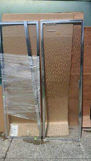 2 panel sliding bathtub door for Sale in Cleveland, OH