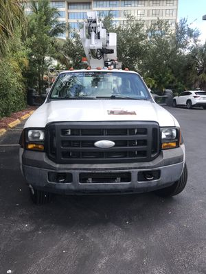 2006 Ford F450 Bucket for Sale in Miami, FL