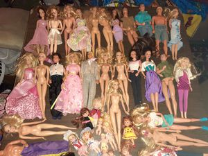 40 DOLLS... Barbie and Ken and Kelly Doll lot for Sale in Pompano Beach, FL