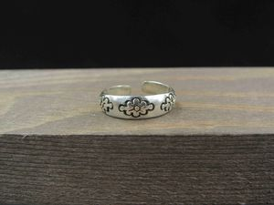 Size 3.5 Sterling Silver Petite Triple Flower Toe Band Ring Vintage Statement Engagement Wedding Promise Anniversary Bridal Cocktail for Sale in Everett, WA