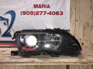 2002-2004 BMW 3-Series headlight RH for Sale in Eastvale, CA